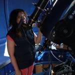 Жена у телескопа Meade LX 200 306мм.